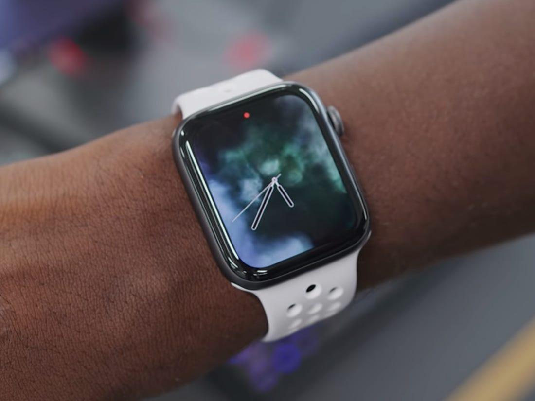 apple watch 4 smartwatch la evoMAG